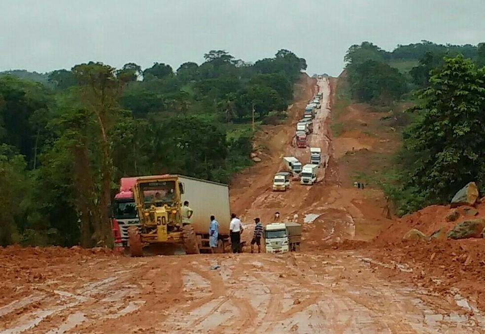 Atoleiros na rodovia BR-163 no Pará em 2018 — Foto: Ezequiel Ribeiro/Arquivo Pessoal