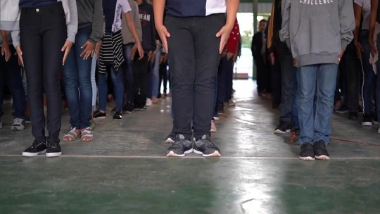 Governo do DF adota disciplina militar em quatro escolas públicas