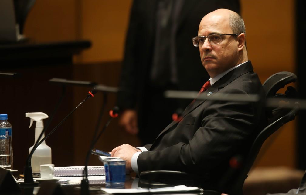 O governador afastado Wilson Witzel (PSC) no plenário do Tribunal de Justiça do Rio de Janeiro, na manhã desta quarta-feira, 07 de abril de 2021. — Foto: WILTON JUNIOR/ESTADÃO CONTEÚDO
