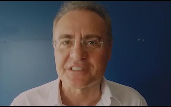 Renan Calheiros critica decisão do PMDB de punir deputados (Foto: Reprodução)