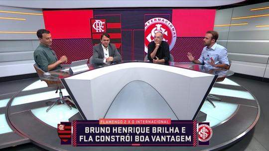 """Petkovic critica blefe de Jorge Jesus na escalação de Gabigol: """"Pra que isso?"""""""
