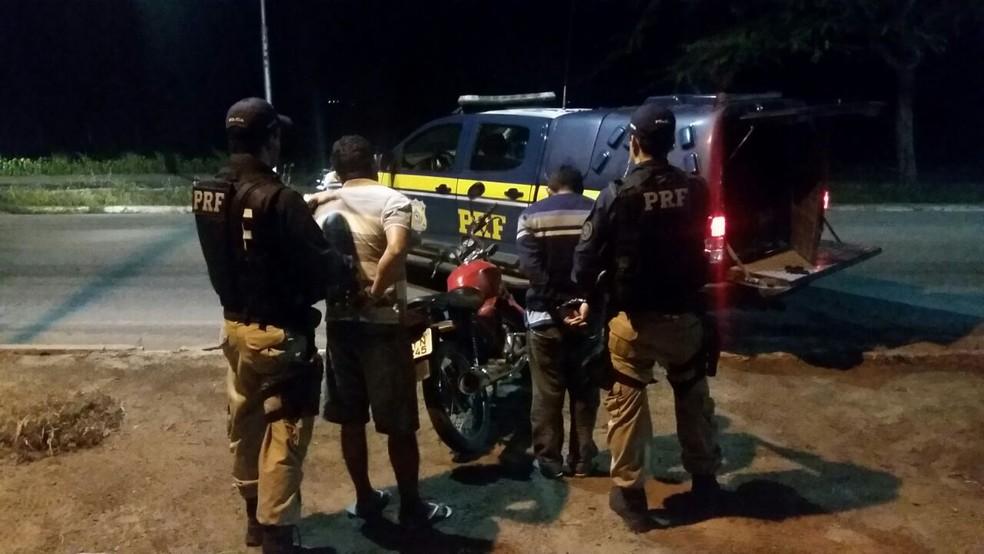 Dupla foi presa na Reta Tabajara (Foto: Divulgação/PRF)