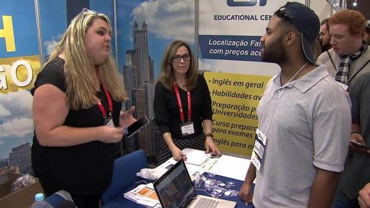 Feira traz opções de cursos de intercâmbio para 16 países