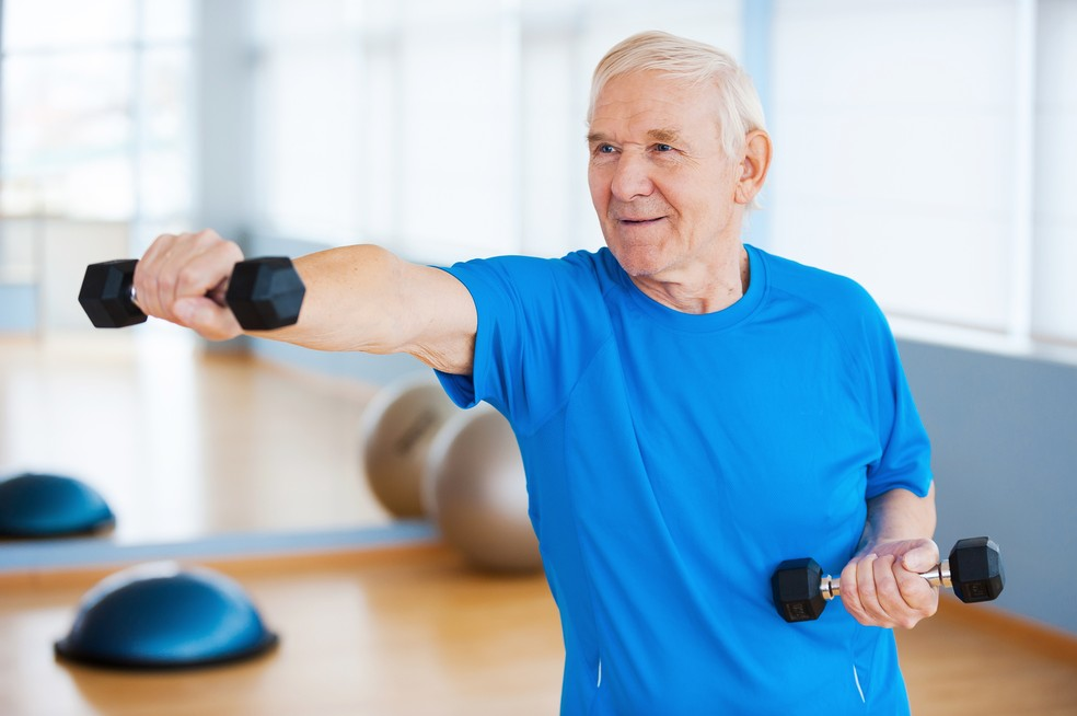 Exercícios proporcionam mais qualidade de vida e longevidade — Foto: Istock