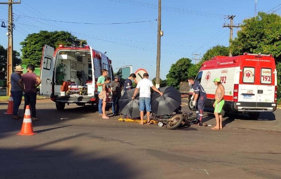 Homem foi socorrido pelo Samu e levado ao hospital — Foto: Divulgação/PRE