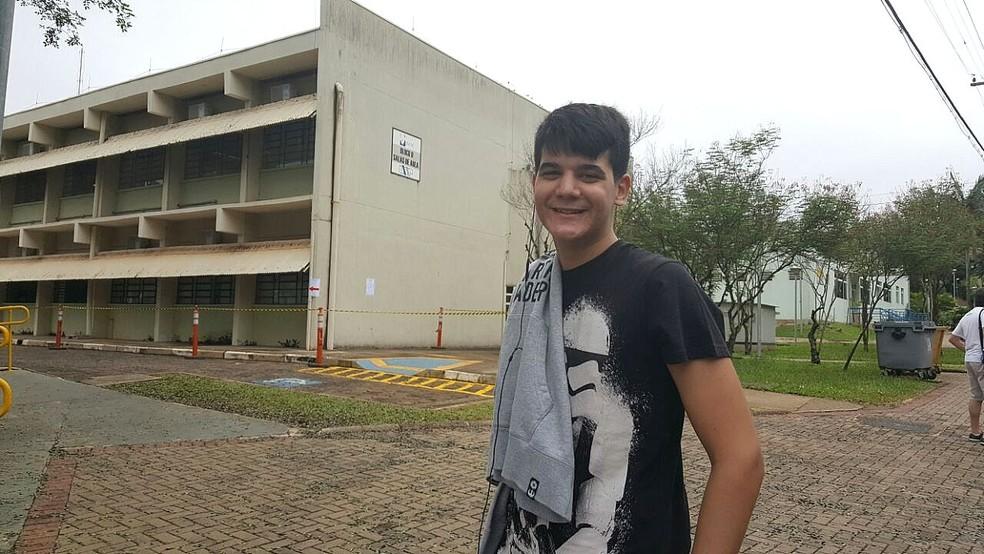 Lucas Odon mora em Teresina e sonha em ser médico (Foto: Ana Marin/G1)