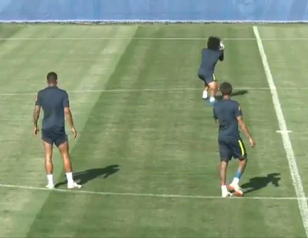 Marcelo em treino da Seleção Brasileira (Foto: reprodução)