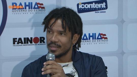 'Não precisa estar na moda', diz cantor do Natiruts sobre o reggae