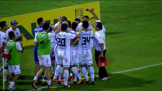 """""""A gente estava com a vitória na mão e deixou escapar"""", diz Lucas sobre gol sofrido nos acréscimos"""