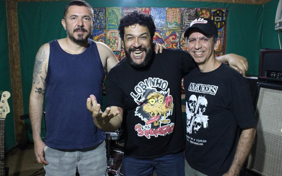 -  Membros de diferentes gerações da HC-137 se reúnem para show em Goiânia  Foto: Murillo Velasco/G1