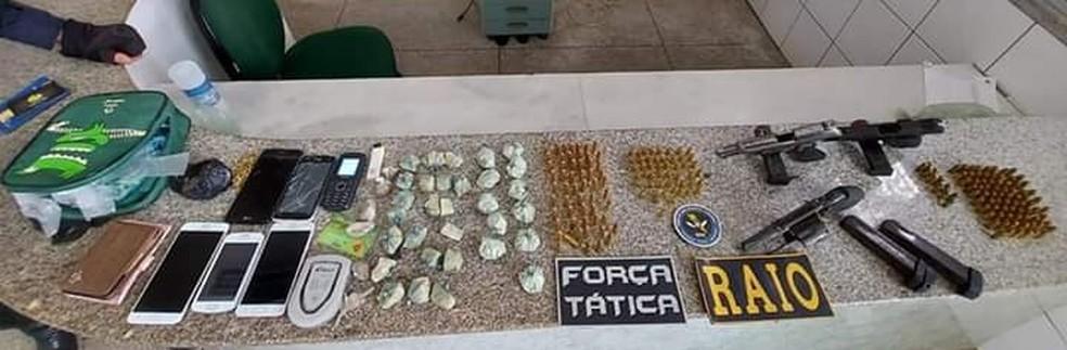 Operação da polícia apreende armas, drogas e 192 munições em São Luis do Curu, no Ceará. — Foto: SSPDS/ Divulgação