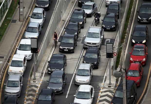 Carros ; IPVA ; seguro obrigatório ; trânsito ;  (Foto: Divulgação)