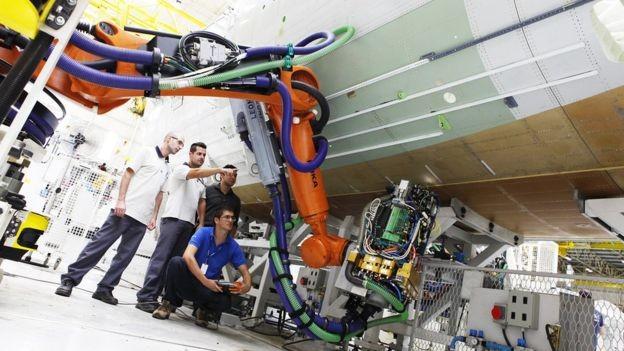 A Embraer é a terceira maior exportadora do Brasil e modelo em inovação (Foto: DIVULGAÇÃO/EMBRAER)