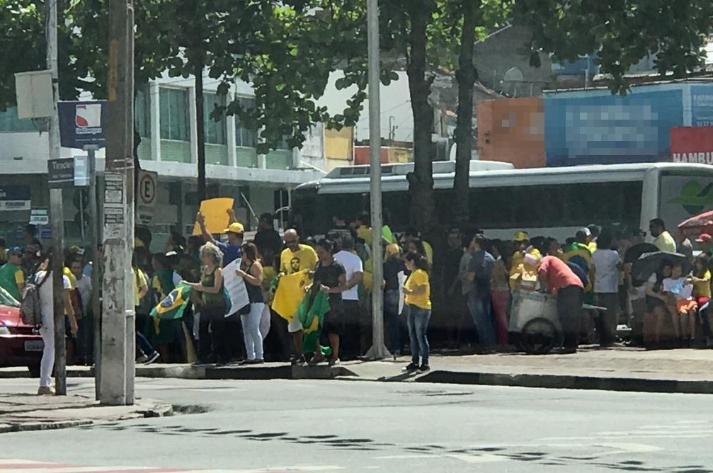 Caruaru registra ato em apoio ao governo Bolsonaro
