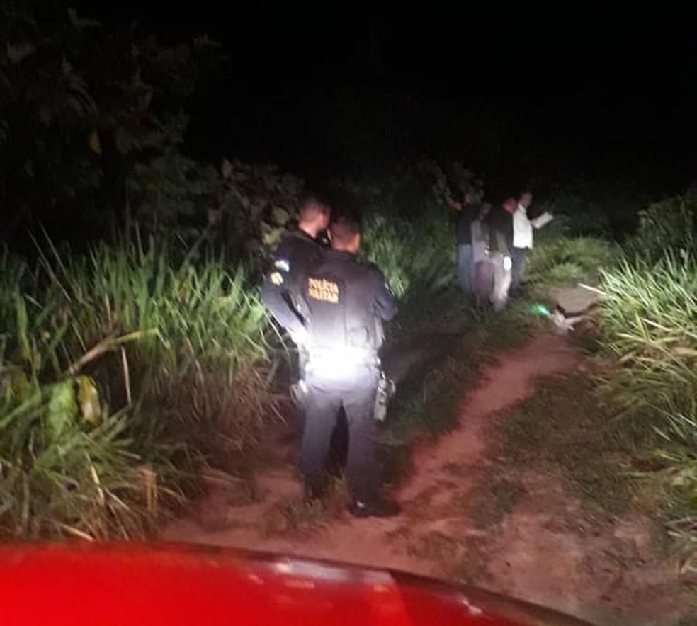 Corpo estava próximo a Linha Caracol em Jaci-Paraná — Foto: Divulgação/PM