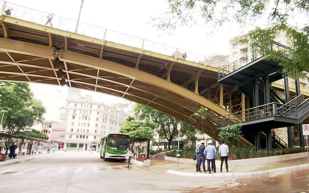 Viaduto Santa Ifigênia, no Centro de São Paulo — Foto: TV Globo / Reprodução