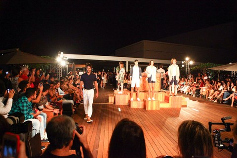 Desfile da Reserva no rooftop do VillageMall
