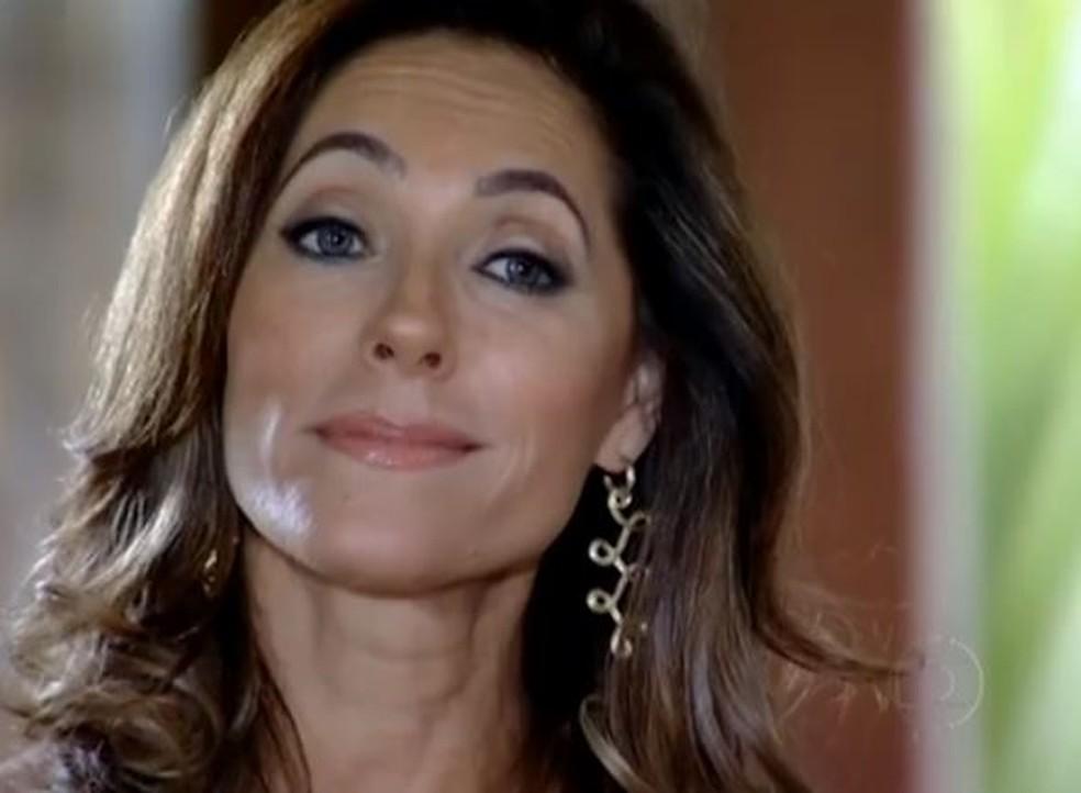 Tereza Cristina debocha da situação em 'Fina Estampa' — Foto: Globo