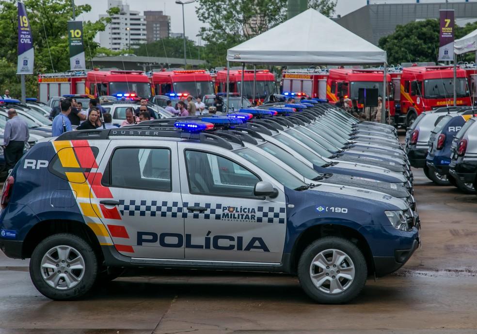 Veículos usadas pela polícia foram 'apreendidos'  por locadora (Foto: Rafaella Zanol/Gcom-MT)