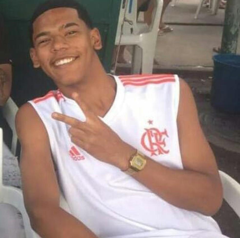 Josué de Oliveira Xavier, morto em festa junina em Anchieta — Foto: Reprodução