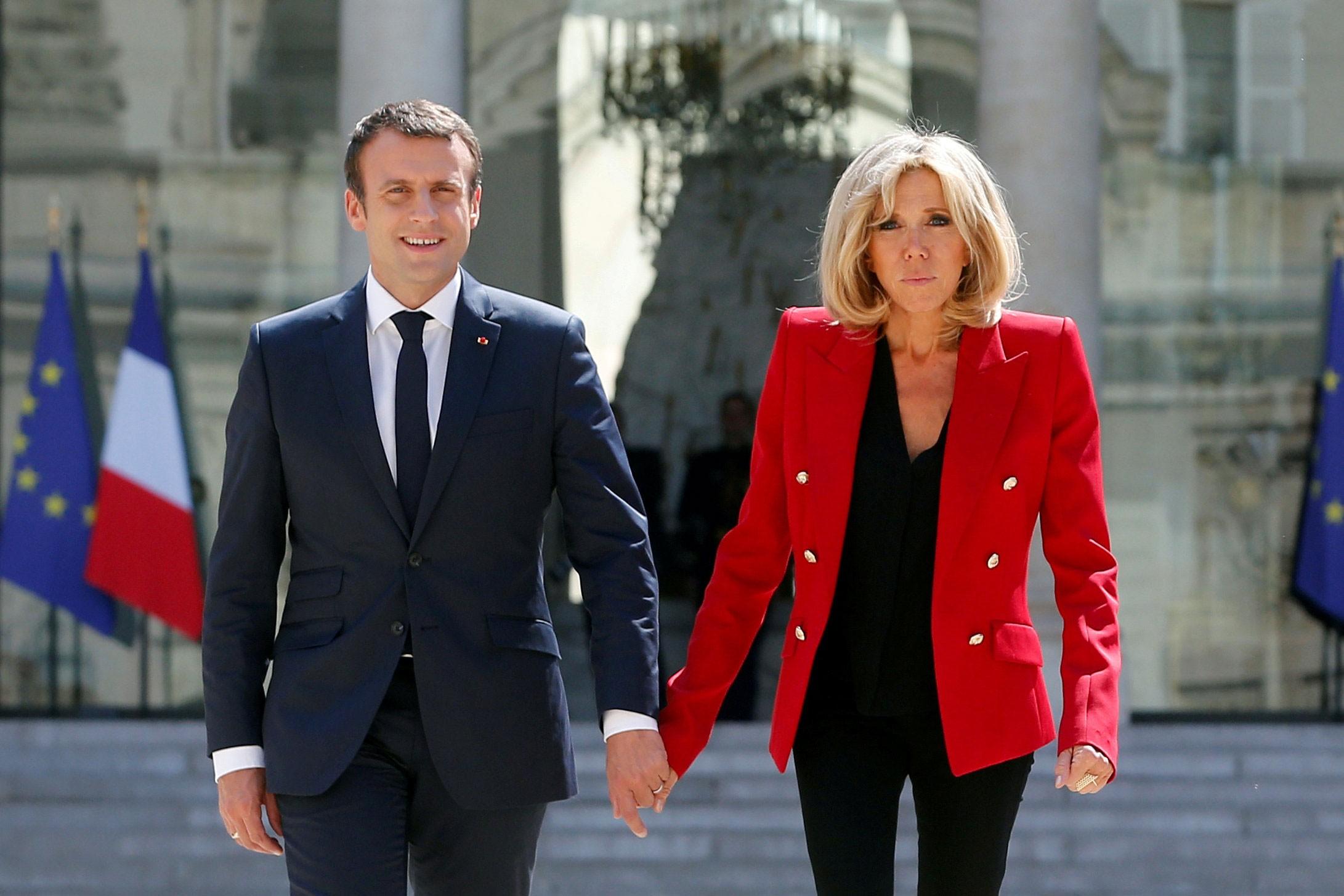 Primeira-dama da França vai dar aulas de francês para desempregados - Noticias