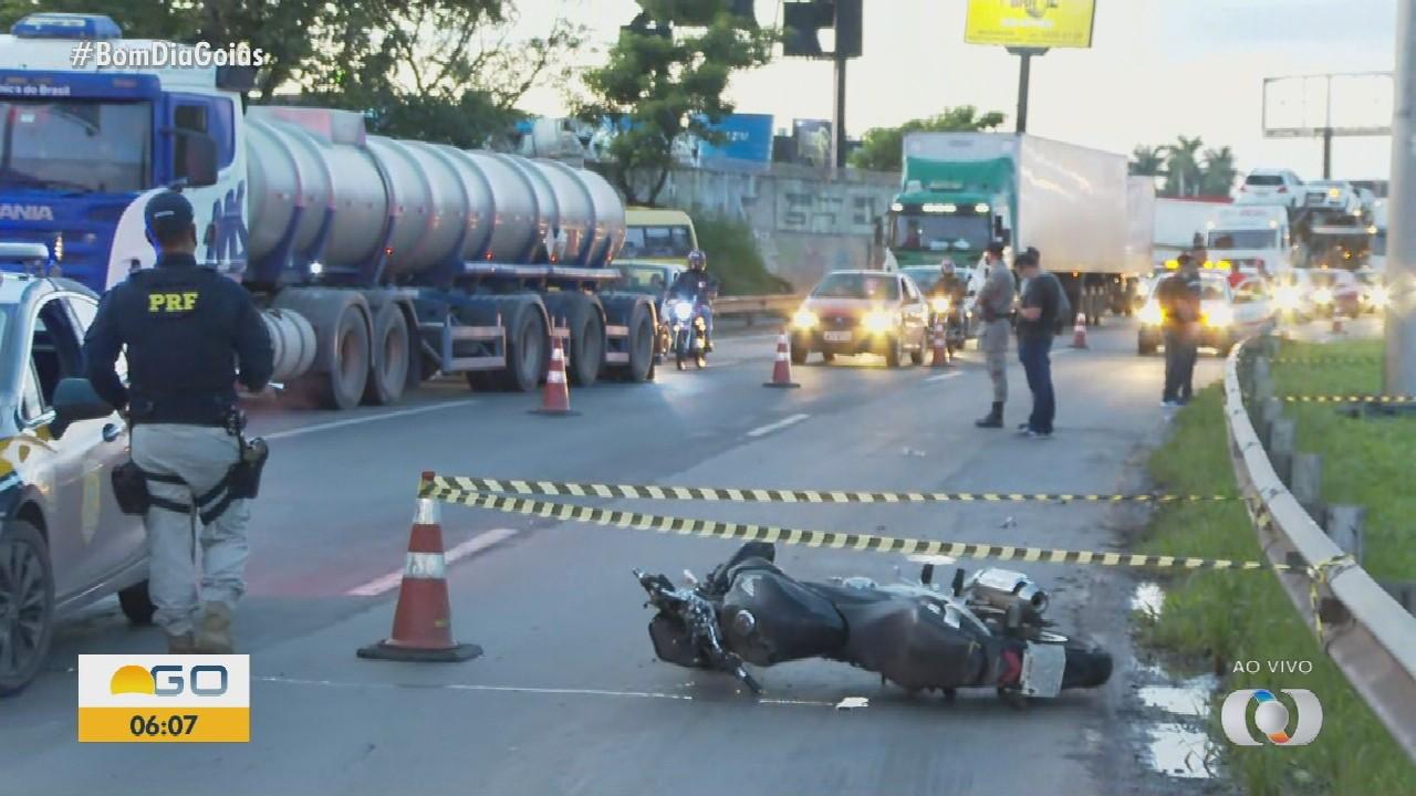 Acidente deixa duas pessoas mortas em Goiânia