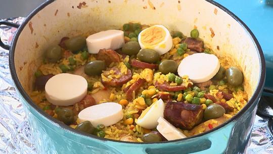 Arroz de cabaré é receita rica em ingredientes e fácil de preparar