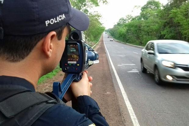 Bolsonaro continua em guerra contra os radares (Foto: Divulgação)