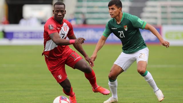 Bolívia x Peru  Luis Advincula e Jose Sagredo