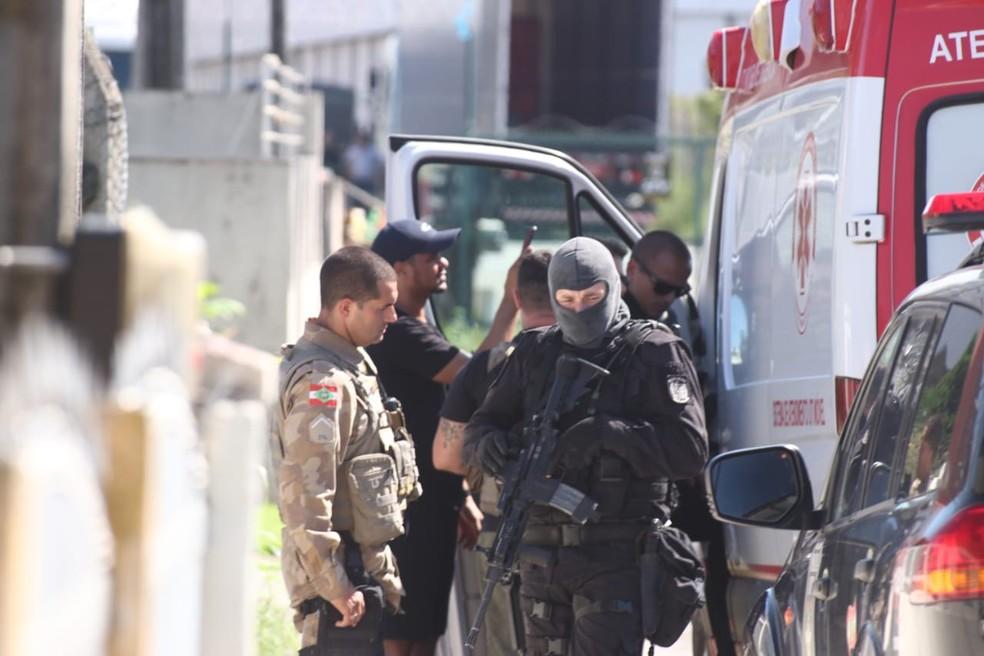 Ambulância foi apreendida — Foto: Luiz Souza/NSC TV