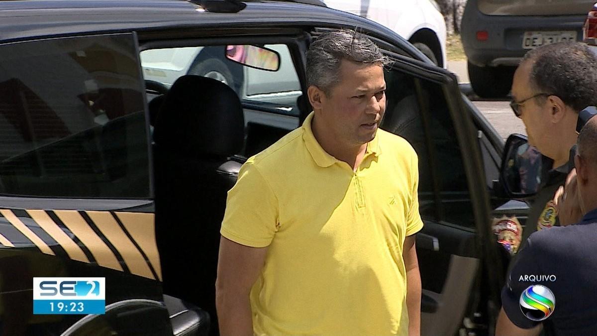 Justiça determina soltura de ex-prefeito de Capela, Manoel Sukita - G1