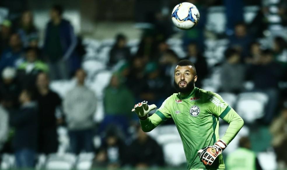 Alex Muralha levou quatro gols em sete jogos pelo Coxa  Foto Jonathan CamposGazeta do Povo