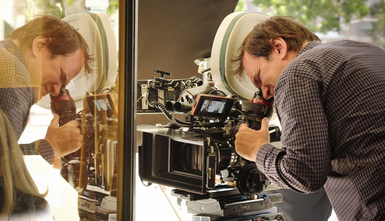 Objetos pessoais de Quentin Tarantino decoram os cenários de 'Era uma vez em Hollywood'  (Foto: Sony Pictures/Divulgação)