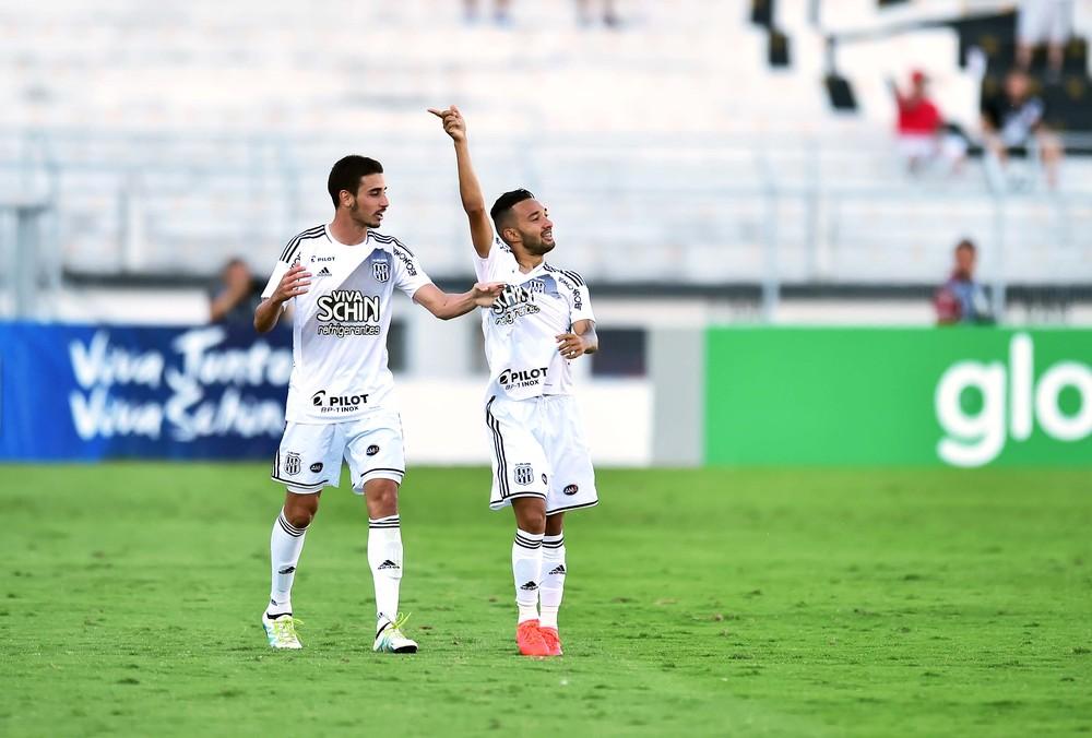 Corinthians perde para a Ponte e liderança fica ainda mais ameaçada