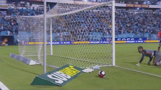 """Apoio ao rival? """"Vou torcer para a Chape perder, né?"""", brinca Marquinhos"""