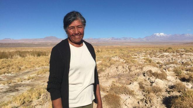 A bateria do seu celular pode estar deixando pessoas sem água no Atacama - Notícias - Plantão Diário