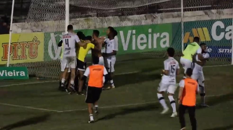 ASA comemora vaga na Copa do Brasil 2022 — Foto: Reprodução FAFTV