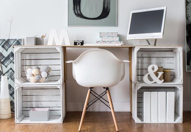 Saiba como fazer um espaço de trabalho agradável e produtivo em um espaço pequeno (Foto: Reprodução/Pinterest)