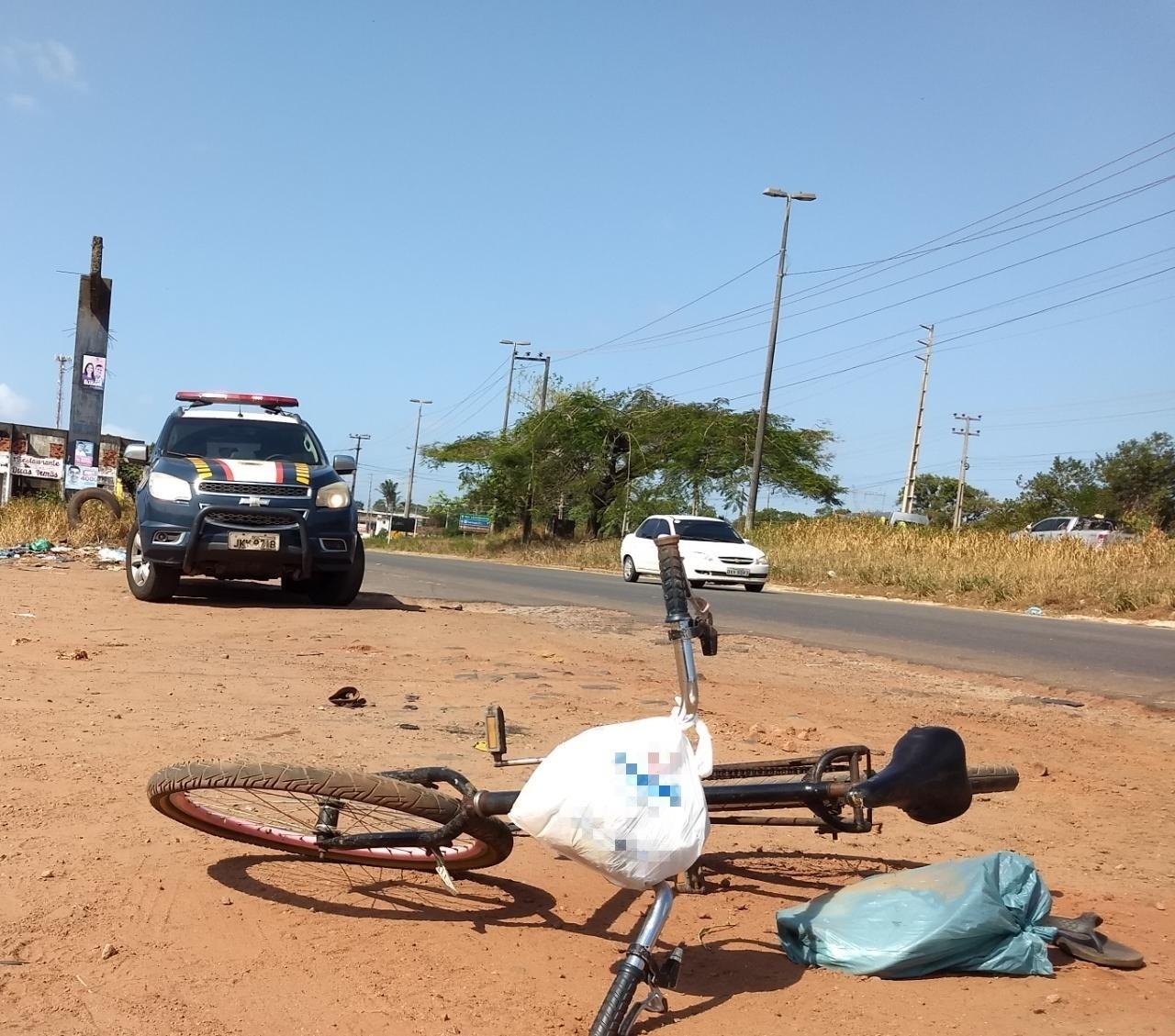 Ciclista morre atropelado por carreta em acostamento da BR-135, no Maranhão - Radio Evangelho Gospel