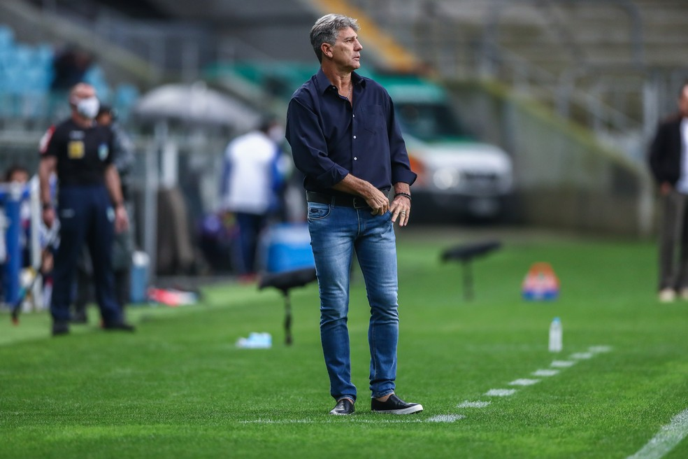 Renato admite problema do time sem Everton — Foto: Lucas Uebel/Grêmio