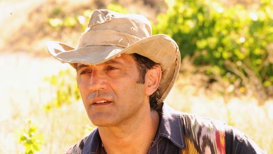 Domingos Montagner nos bastidores: vídeo tem momentos do ator em viagens pelo mundo