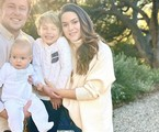 Fernanda Machado com o marido e os filhos  | Reprodução