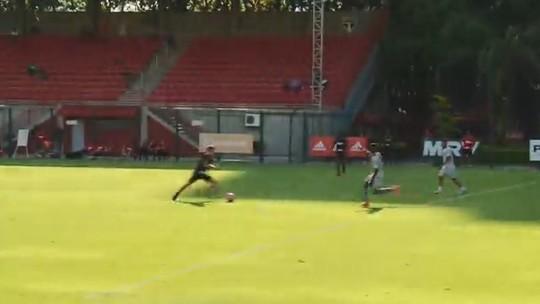 Com gol de Araruna, São Paulo vence jogo-treino contra o São Caetano; Hernanes participa