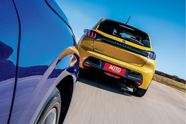 PEUGEOT e-208 GT - O desempenho é digno do antigo GT e o acabamento é mais refinado do que no 208 comum (Foto: Rafael Munhoz)
