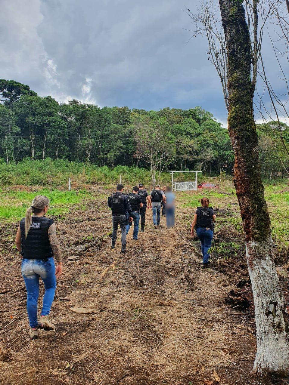 Jovem é presa em São José dos Pinhais suspeita de participação em morte de adolescente que teve corpo encontrado em Candói