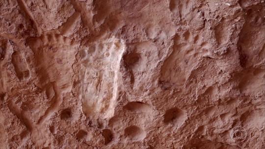 Cavernas e formações rochosas da Serra do Roncador atraem místicos