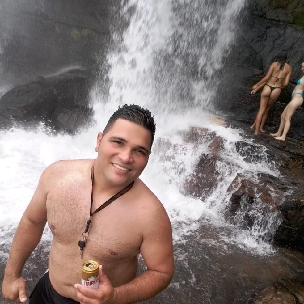Mike Vinicius Bonaroti Nogueira, de 26 anos, morreu afogado ao saltar da Cachoeira da Martinha em Chapada dos Guimarães — Foto: Facebook/Reprodução