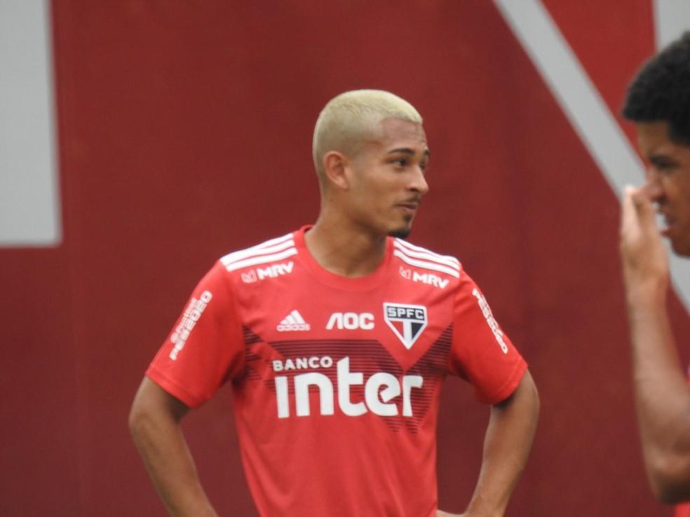 Caio Felipe se destacou na base do Sâo Paulo — Foto: Marcelo Hazan