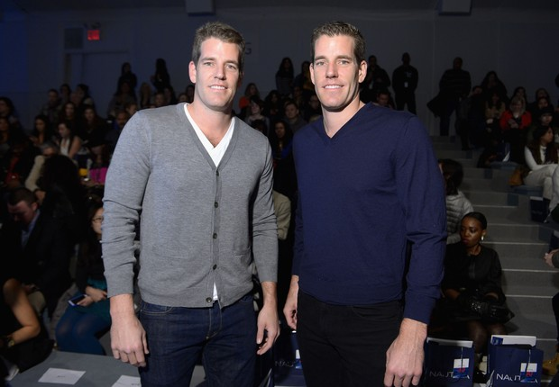 Tyler e Cameron Winklevoss (Foto: Michael Loccisano/Getty Images for Mercedes-Benz Fashion Week)