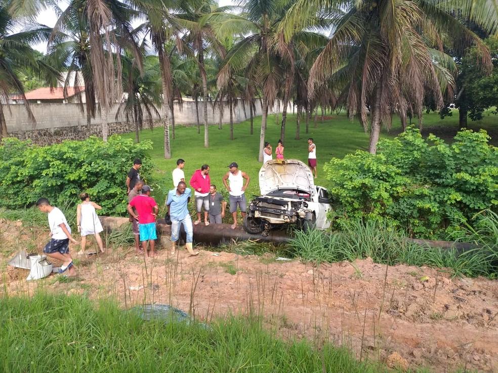 Acidente aconteceu na manhã deste sábado (7), na BA-531, em Camaçari — Foto: Polícia Rodoviária Estadual